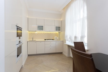 Minsk apartments in the center, Nezavisimosty 19, Bathroom, view 1